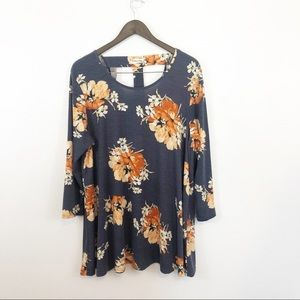 Southern Stitch floral tunic scoop neck T back XL